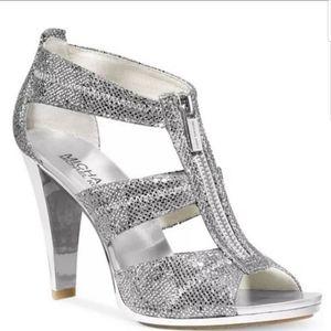 Michael Kors Berkeley T-Strap dress sandals NWOT